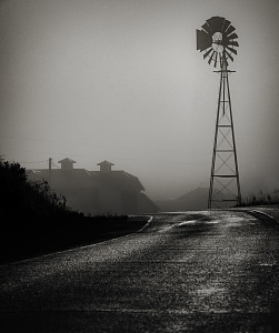 Click image for larger version.  Name:B&W windmill.jpg Views:1 Size:295.6 KB ID:91341