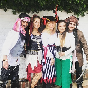 Click image for larger version.  Name:wenches.jpg Views:7 Size:145.6 KB ID:102662