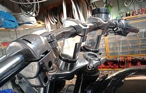 Click image for larger version.  Name:triumph bolton rigid, springer, chopper swap meet.jpg Views:1 Size:213.4 KB ID:106757