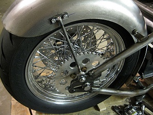 Click image for larger version.  Name:Chain-side-fender-srut.jpg Views:6 Size:92.7 KB ID:88940