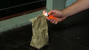 Click image for larger version.  Name:Flaming-bag.jpg Views:100 Size:42.1 KB ID:61201