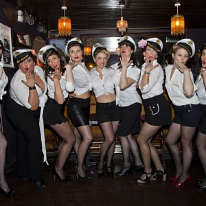 Click image for larger version.  Name:hen-booze-cruise.jpg Views:9 Size:65.2 KB ID:102849