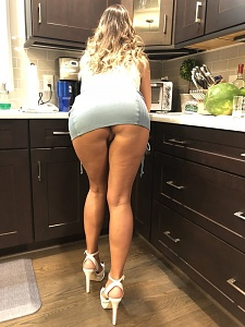 Click image for larger version.  Name:milf1.jpg Views:12 Size:107.4 KB ID:93523