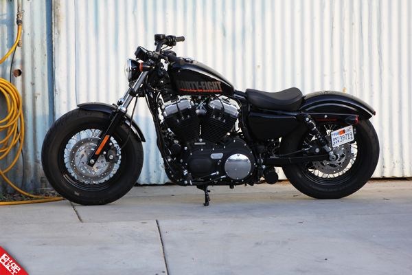 2012 Harley-Davidson Sportster 48 Road Test Review_02
