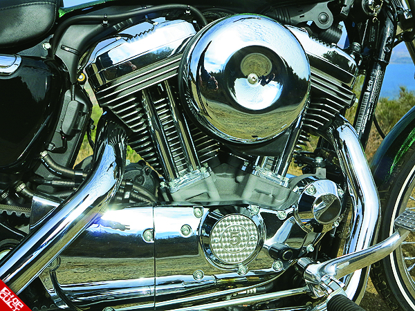 2012 Harley-Davidson Sportster 72 Road Test Review 13