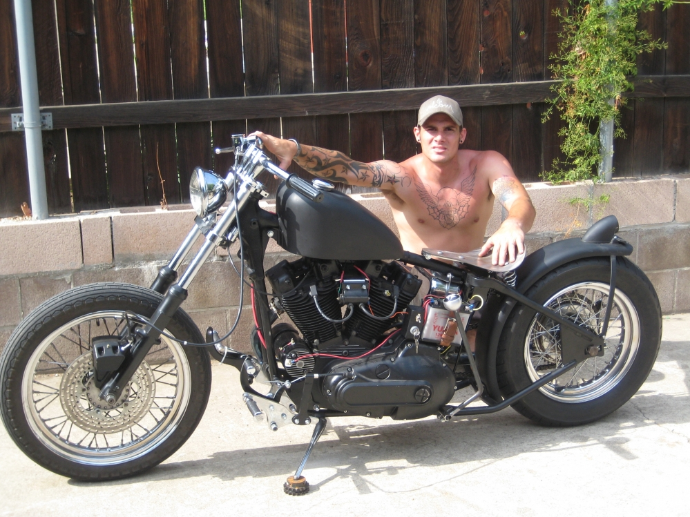 Zoom on 1982 Ironhead Sportster